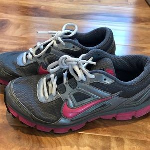 Nike Dual Fusion Running Pink Grey Shoes 7.5